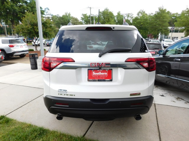 New 2017 GMC Acadia SLT-1