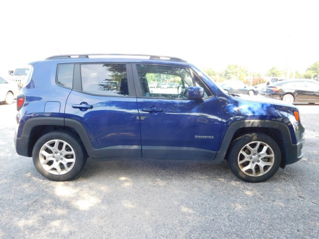 Certified Pre-Owned 2017 Jeep Renegade Latitude