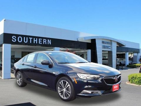 New 2018 Buick Regal Essence